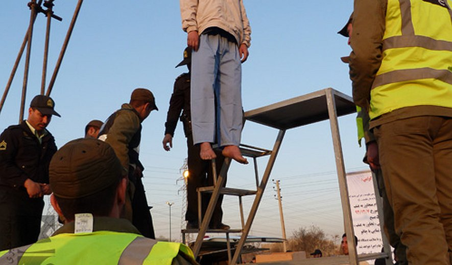 Updated: Seven prisoners hanged in Karaj (west of Tehran)- Three hanged in Public