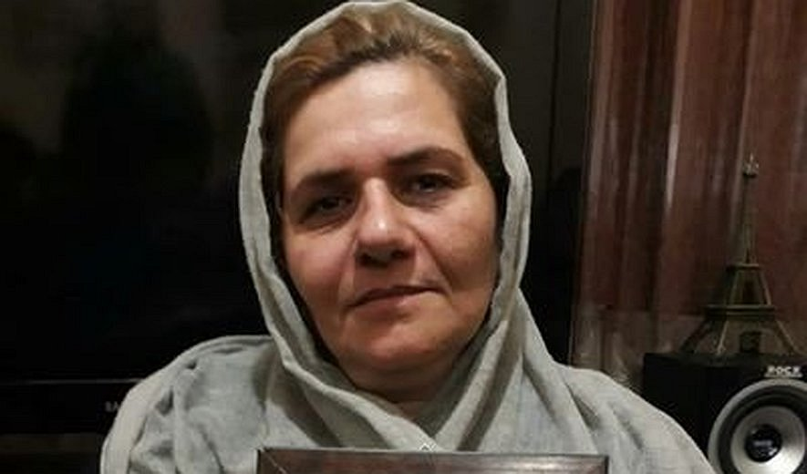 Farangis Mazloum, Mother of Iranian Political Prisoner Soheil Arabi Sentenced to 6 Years in Prison