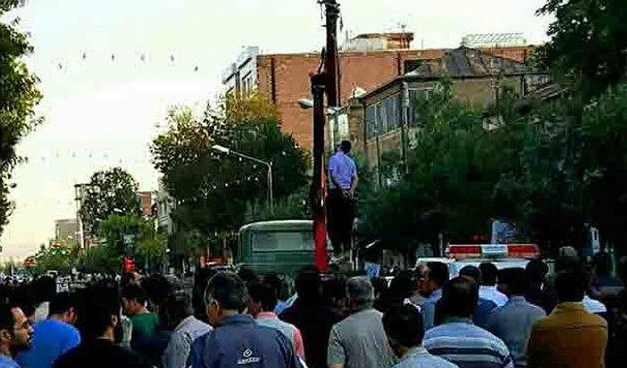 Prisoner Hanged in Public While Crowd Watched